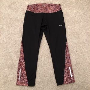 Nike Dri Fit Cropped Training Tights Size Small